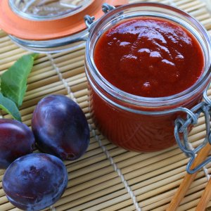 BEST Authentic Chinese Plum Sauce (Duck Sauce)
