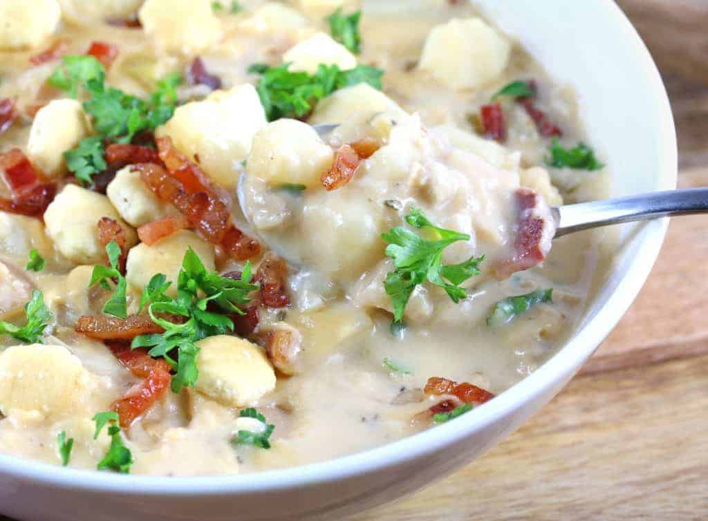 best new england clam chowder recipe authentic traditional original bacon pancetta creamy fish broth aneto