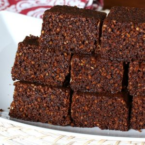 Traditional Yorkshire Parkin (Oatmeal and Treacle Gingerbread Cake)