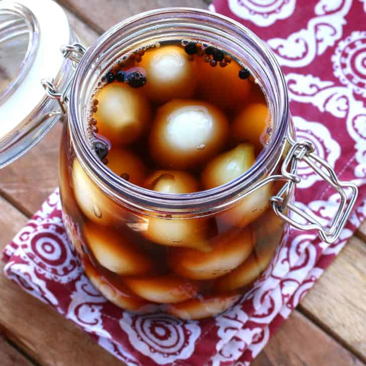 english pickled onions recipe pub style authentic traditional malt vinegar