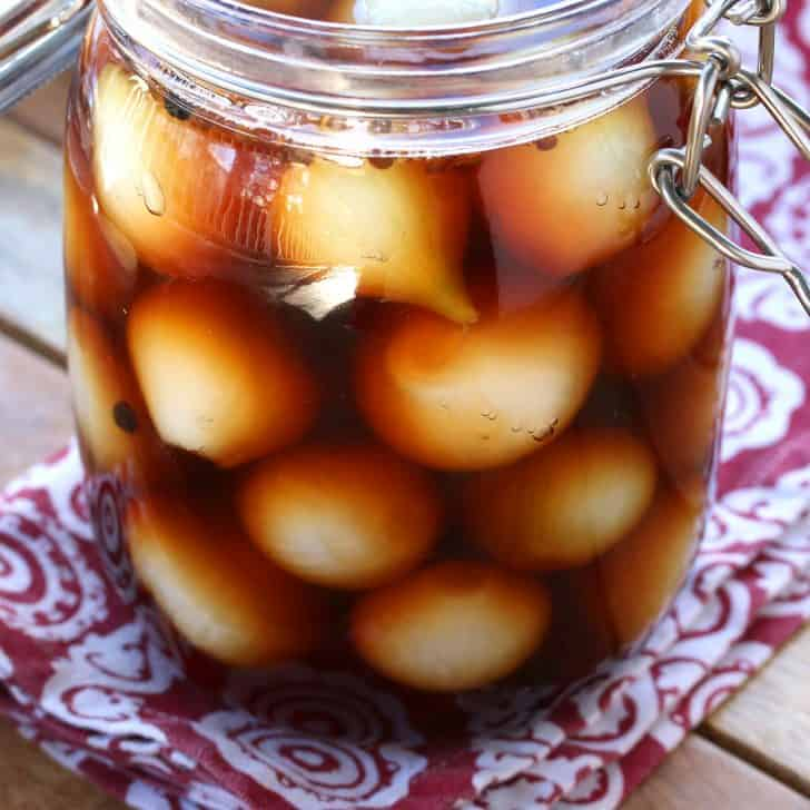 English Pickled Onions (Pub-Style) - The Daring Gourmet