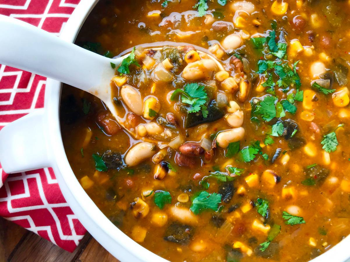 white bean chili recipe roasted corn peppers aneto